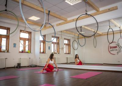 Cvičení na kruzích - aerialhoop